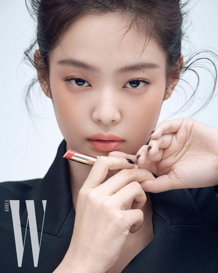 Top 6 cô gái sở hữu khuôn mặt đẹp hoàn hảo trong mắt chuyên gia thẩm mỹ: Số 5 thật khó tin ảnh 2