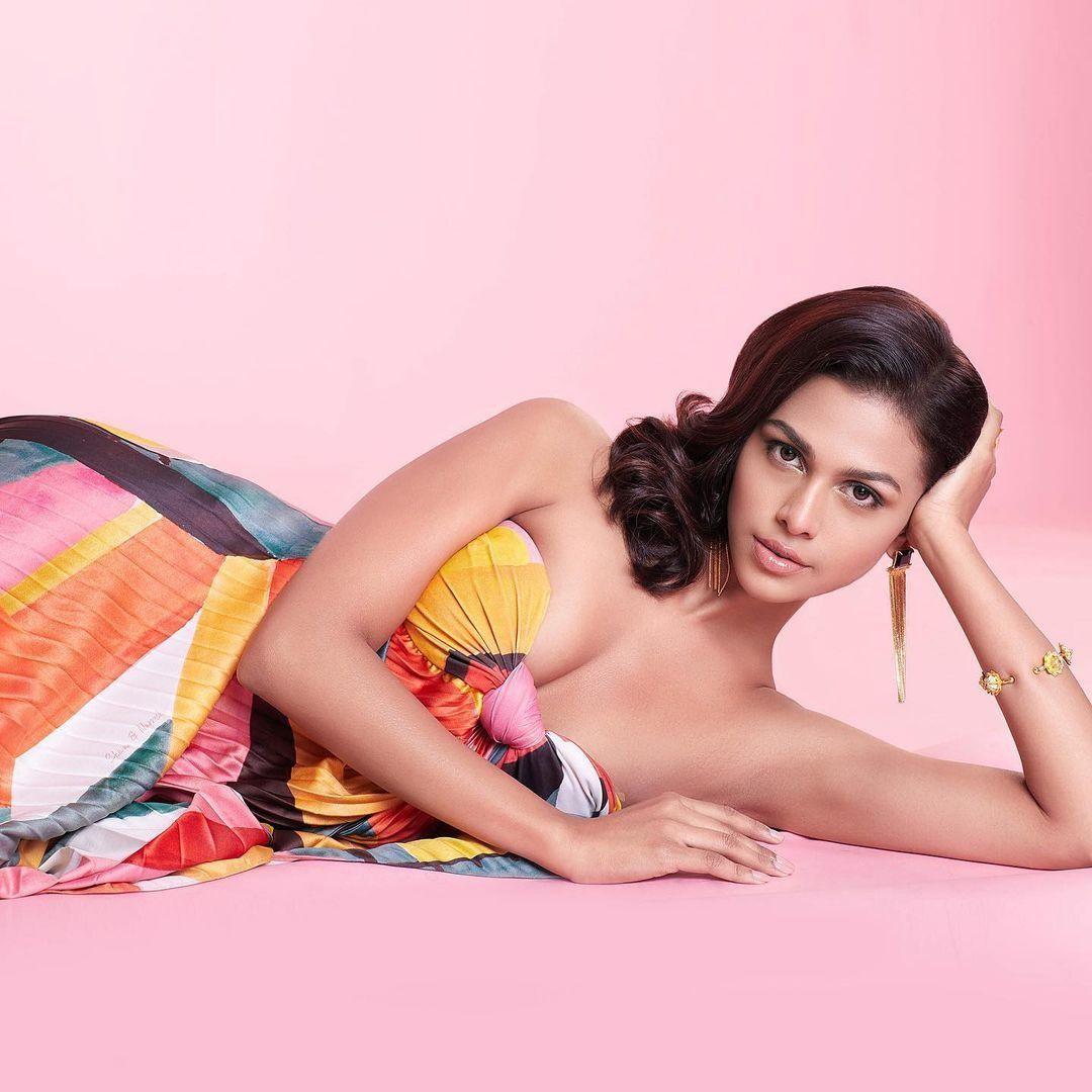 """Á hậu 3 Miss Universe lần thứ 69: Ngắm nhan sắc """"đỉnh chóp"""" của đại diện đẹp nhất châu Á ảnh 4"""
