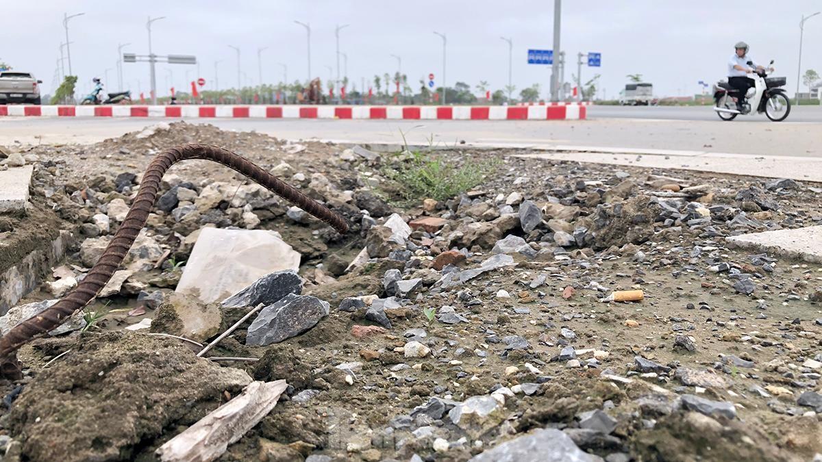 Bẫy 'tử thần' trên tuyến đường đô thị đẹp nhất Hải Phòng ảnh 9