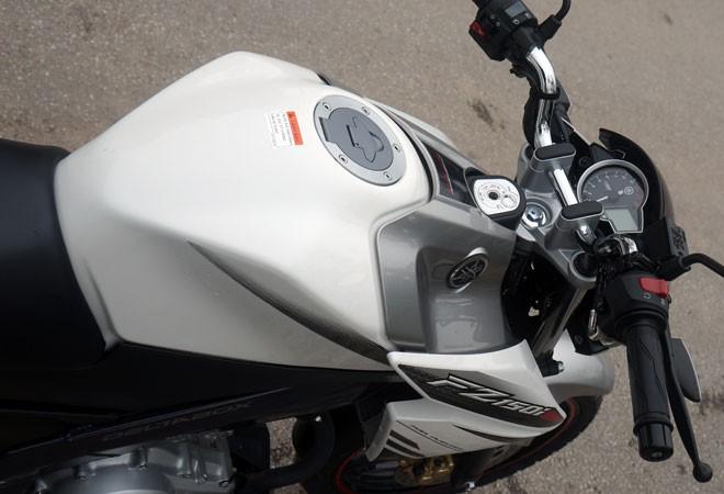 Trải nghiệm xế nổ thể thao Yamaha FZ150i ảnh 12