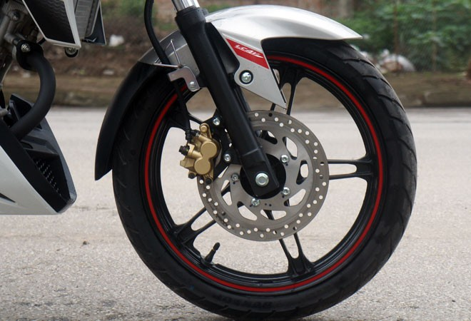 Trải nghiệm xế nổ thể thao Yamaha FZ150i ảnh 13
