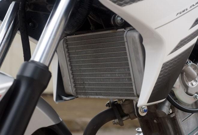 Trải nghiệm xế nổ thể thao Yamaha FZ150i ảnh 16