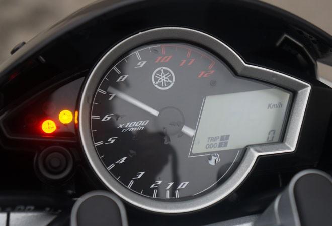 Trải nghiệm xế nổ thể thao Yamaha FZ150i ảnh 18