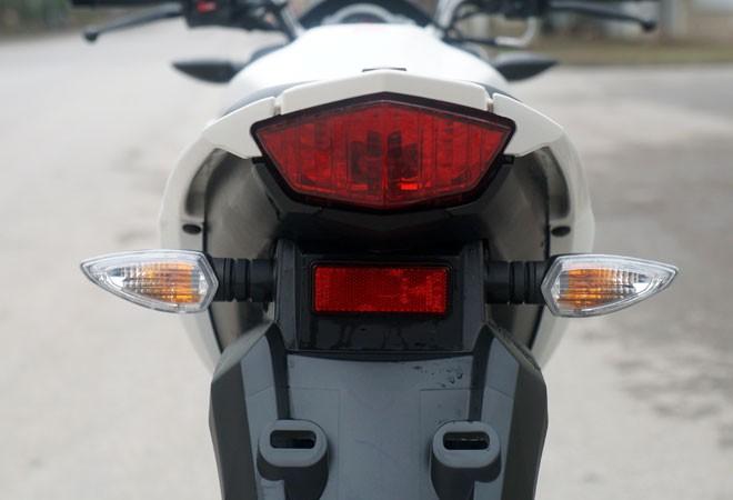Trải nghiệm xế nổ thể thao Yamaha FZ150i ảnh 23