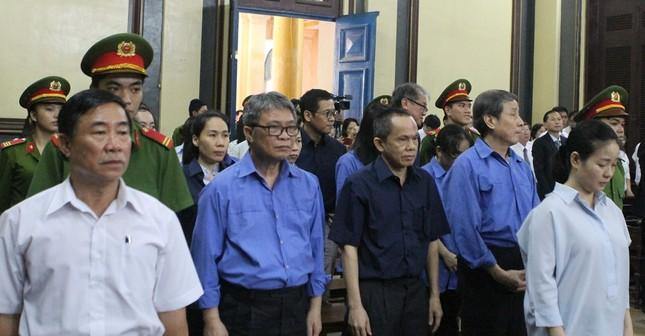 Đại án TrustBank, bà Hứa Thị Phấn bị tuyên 30 năm tù ảnh 1