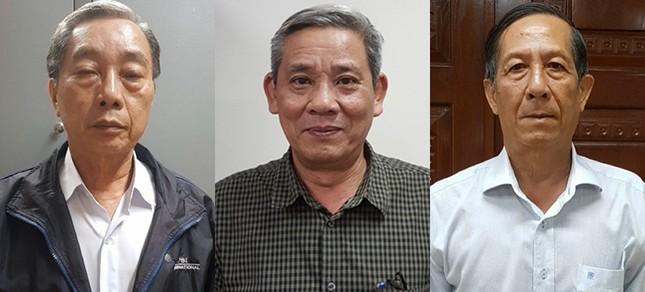 Vì sao hai cựu phó chánh văn phòng UBND TP.HCM bị bắt giam? ảnh 1