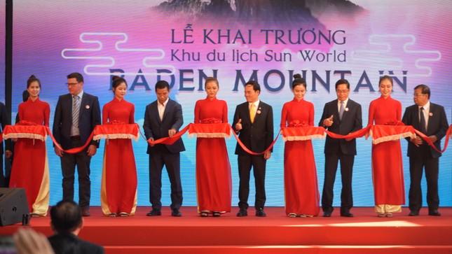 Sun Group 'rinh' kỷ lục Guinness trong ngày khai trương Nhà ga cáp treo lớn nhất ảnh 1