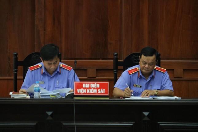 Bác kháng án, giữ hình phạt tù loạt cựu cán bộ lãnh đạo TPHCM ảnh 1