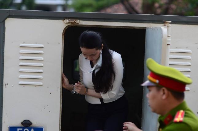 Trùm ma túy Văn Kính Dương và người tình hot girl Ngọc Miu hầu tòa ảnh 2
