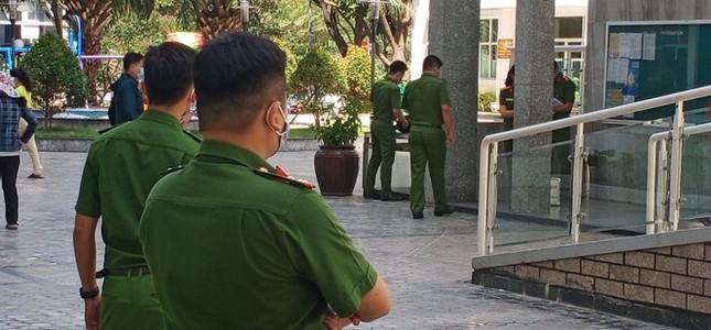 Tiến sĩ Bùi Quang Tín 'tự ngã' từ tầng 14 sau khi uống rượu bia với đồng nghiệp ảnh 1