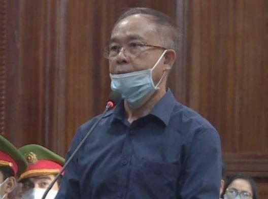 Cựu Phó Chủ tịch TPHCM Nguyễn Thành Tài khóc nghẹn, nói lời xin lỗi mẹ tại tòa ảnh 1