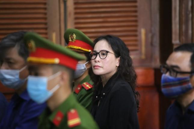 Cựu Phó Chủ tịch TPHCM Nguyễn Thành Tài khóc nghẹn, nói lời xin lỗi mẹ tại tòa ảnh 2