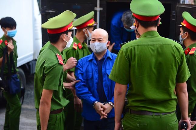 Cựu bộ trưởng Đinh La Thăng khai gì tại toà? ảnh 5