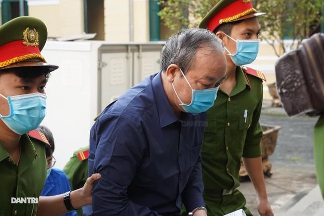 Ông Đinh La Thăng bị đề nghị 10-11 năm tù ảnh 3