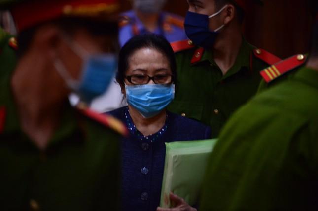 Cựu Phó Chủ tịch Nguyễn Thành Tài và nữ 'đại gia' Bạch Diệp khai gì? ảnh 1
