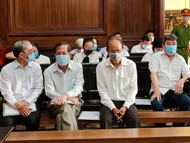 'Đại gia' Dương Thị Bạch Diệp bị đề nghị mức án chung thân ảnh 3