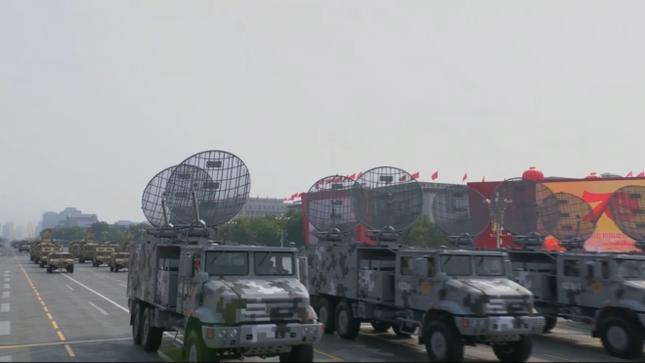 Những vũ khí 'khủng' xuất hiện tại lễ kỷ niệm 70 năm Quốc khánh Trung Quốc ảnh 8