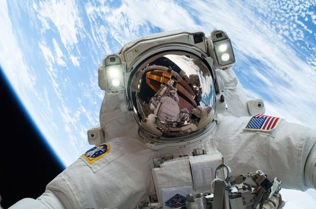 Những điều kỳ lạ trong cuộc đua chinh phục không gian giữa Mỹ và Nga ảnh 2