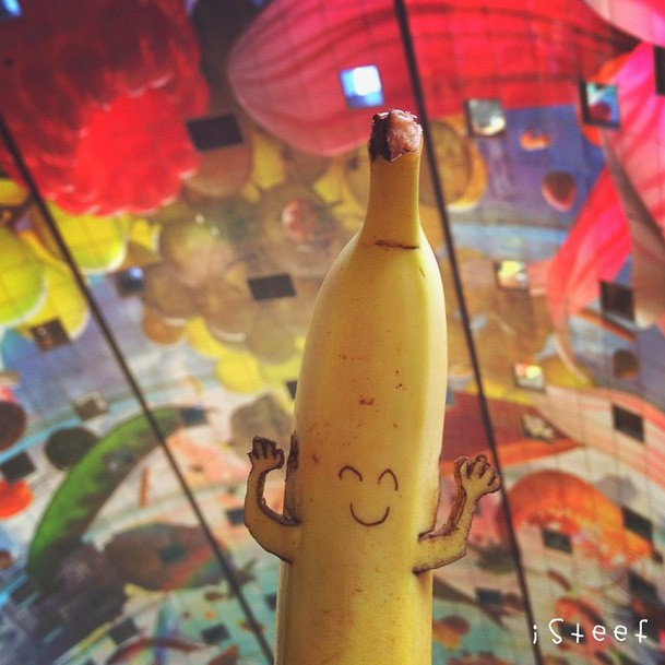 Chàng trai tạo hình trên chuối gây sốt Instagram ảnh 14
