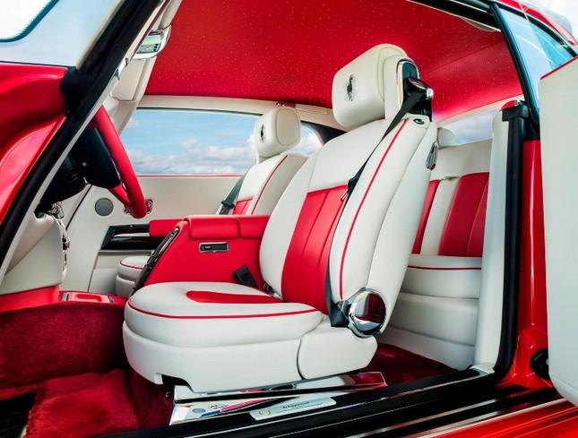 Chiêm ngưỡng Rolls-Royce đỏ chót độc nhất vô nhị ảnh 5