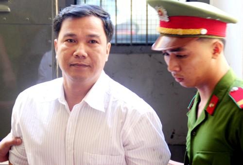 Hoãn phiên tòa xử đại úy CSGT giết người vì vắng nhân chứng ảnh 1