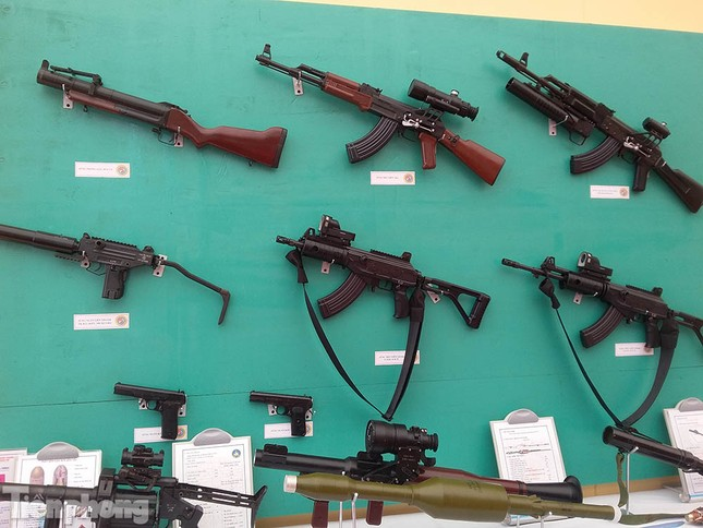 Khám phá vũ khí đặc trưng của quân đội Việt Nam ảnh 1