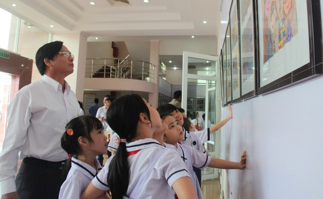 Hơn 500 học sinh tham gia tranh thiếu nhi về an toàn giao thông ảnh 3
