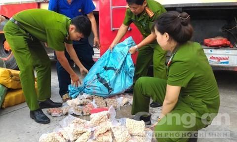 Thực phẩm Trung Quốc hôi thối tràn về miền Tây ảnh 2