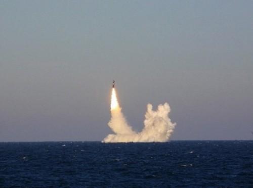 """Tên lửa có thể """"đánh võng trên không"""" của Nga bay xa 9000km ảnh 2"""