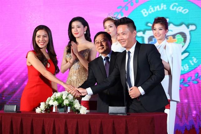 Công bố và ký kết với các nhà tài trợ Hoa hậu Việt Nam 2016 ảnh 7