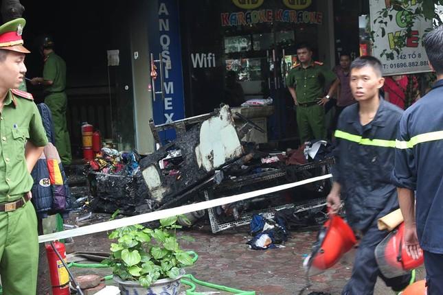 Cháy nhà 5 tầng, 2 mẹ con thương vong trong biển lửa ảnh 1