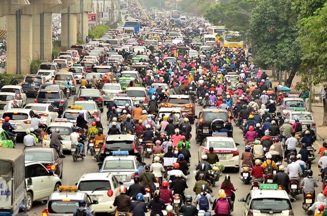 Hàng loạt tuyến đường ở Thủ đô ùn tắc giờ cao điểm buổi sáng ảnh 3