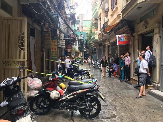 Hiện trường vụ cháy nhà 'chuồng cọp' phố Vọng, khiến 2 người chết ảnh 5