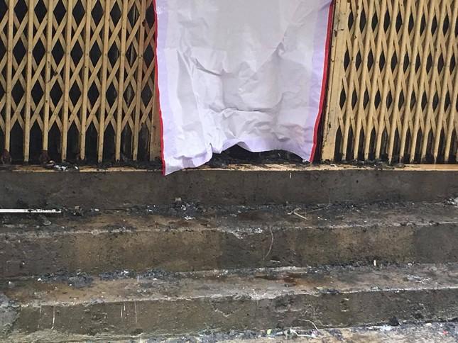 Hiện trường vụ cháy nhà 'chuồng cọp' phố Vọng, khiến 2 người chết ảnh 9