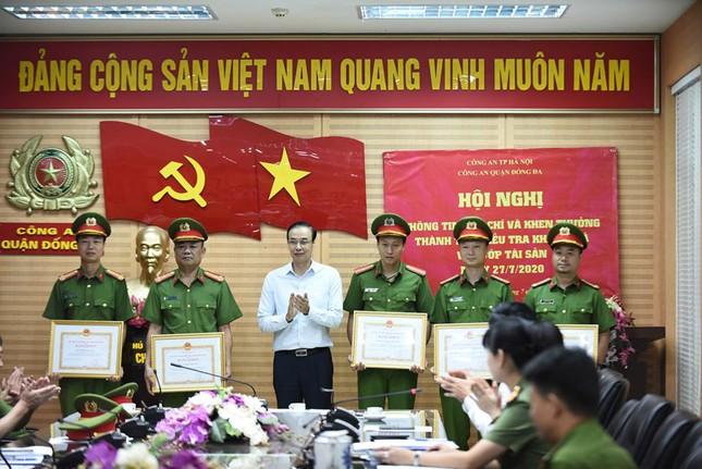 Vụ cướp ngân hàng ở Hà Nội: Trưởng phòng giao dịch bị dí súng vào đầu đe dọa ảnh 2