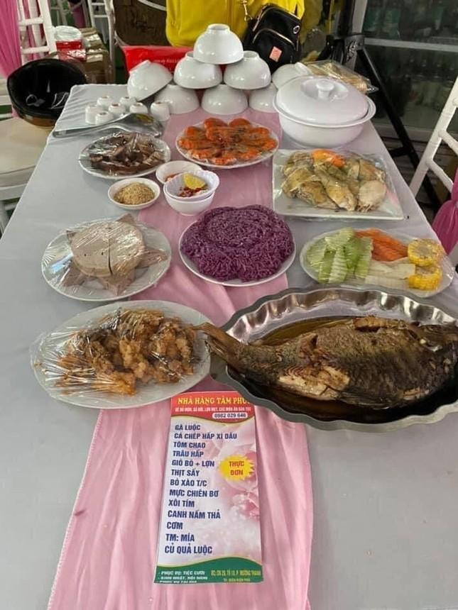 Xôn xao nhà hàng bị 'bom' 150 mâm cỗ ở Điện Biên ảnh 2