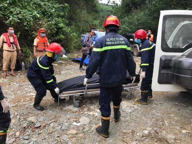 Cận cảnh tìm kiếm 17 công nhân gặp nạn tại thủy điện Rào Trăng 3 ảnh 7