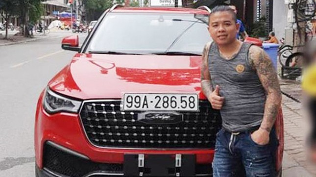 Quá khứ bất hảo của kẻ nổ súng bắn vào xe 'thánh chửi' Dương Minh Tuyền ảnh 1