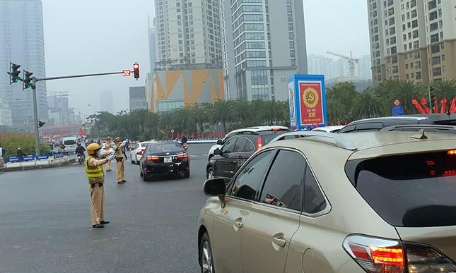 Đảm bảo giao thông xuyên suốt trên các tuyến đường phục vụ Đại hội XIII ảnh 4