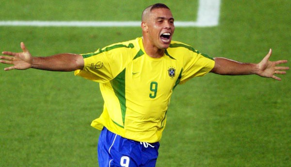 Ronaldo 'béo' hé lộ về lễ khai mạc World Cup 2018 ảnh 1