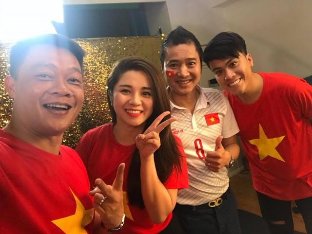 Các MC của VTV, người sang Trung Quốc, kẻ làm thơ cổ vũ U23 Việt Nam ảnh 3