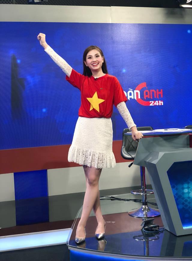 Các MC của VTV, người sang Trung Quốc, kẻ làm thơ cổ vũ U23 Việt Nam ảnh 9