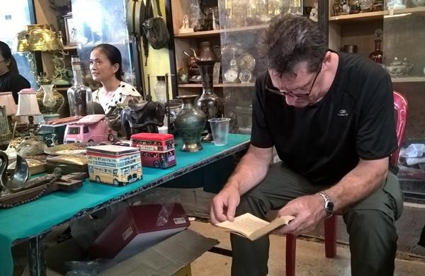 Dạo chợ đồ cổ độc nhất Sài Gòn mỗi tuần chỉ họp một phiên ảnh 3