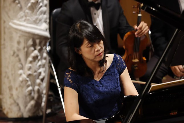 Nhà hát Giao hưởng Nhạc Vũ kịch TPHCM có đêm biểu diễn lớn nhất thế giới mùa COVID ảnh 7