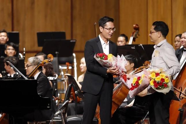 Nhà hát Giao hưởng Nhạc Vũ kịch TPHCM có đêm biểu diễn lớn nhất thế giới mùa COVID ảnh 8