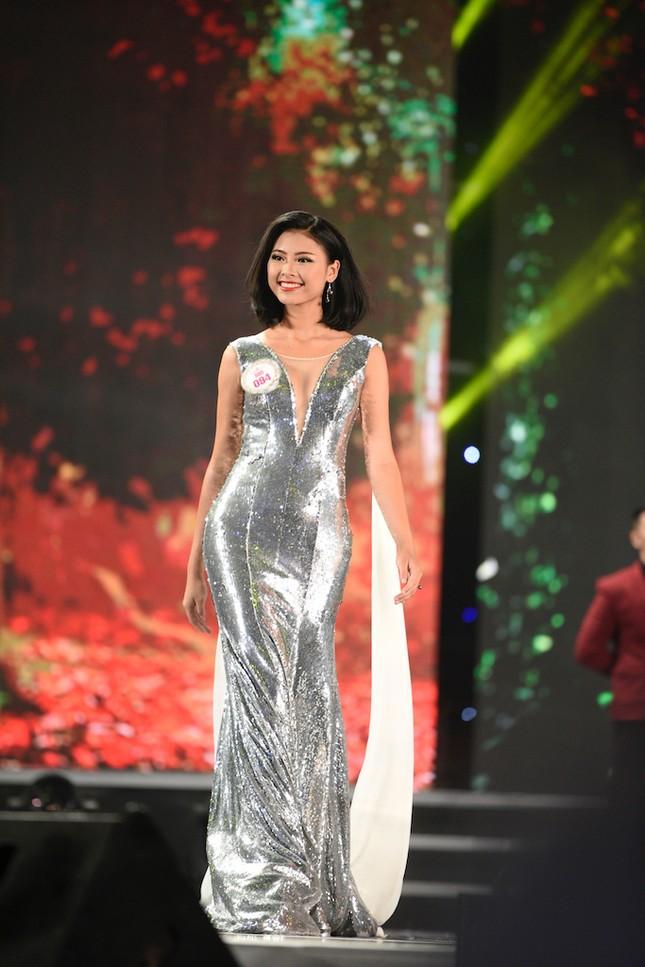 Thí sinh HHVN 2016 lộng lẫy trong trang phục dạ hội ảnh 5