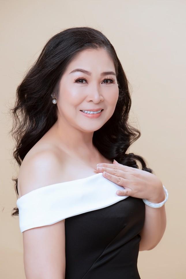 Showbiz 17/5: Hoàng Thùy đi quyền cover cô Minh Hiếu, K-ICM đáp trả anti-fan chửi mẹ nuôi ảnh 3
