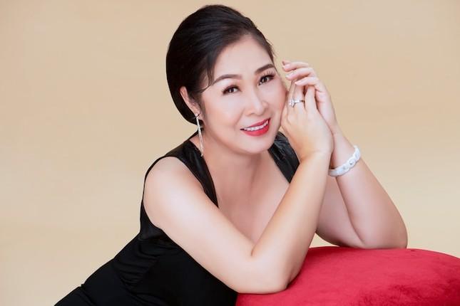 Showbiz 17/5: Hoàng Thùy đi quyền cover cô Minh Hiếu, K-ICM đáp trả anti-fan chửi mẹ nuôi ảnh 5