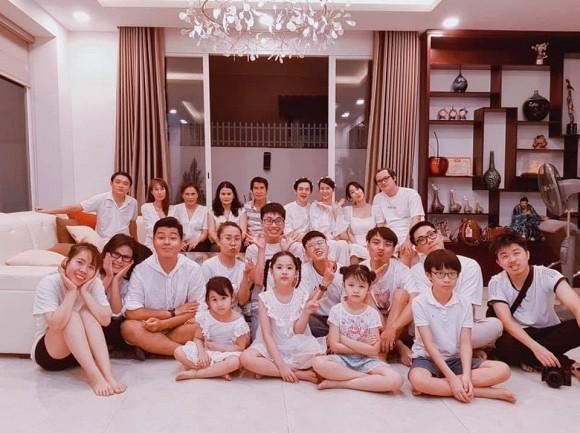 Showbiz 17/5: Hoàng Thùy đi quyền cover cô Minh Hiếu, K-ICM đáp trả anti-fan chửi mẹ nuôi ảnh 11