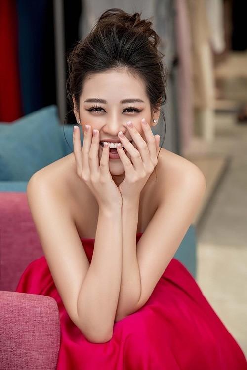 """Showbiz 22/5: Hồ Quang Hiếu chăm """"thả thính"""" hậu chia tay Bảo Anh, Hương Giang tậu xế mới? ảnh 5"""